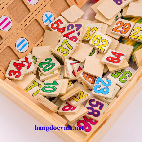 Bảng gỗ giúp trẻ học toán