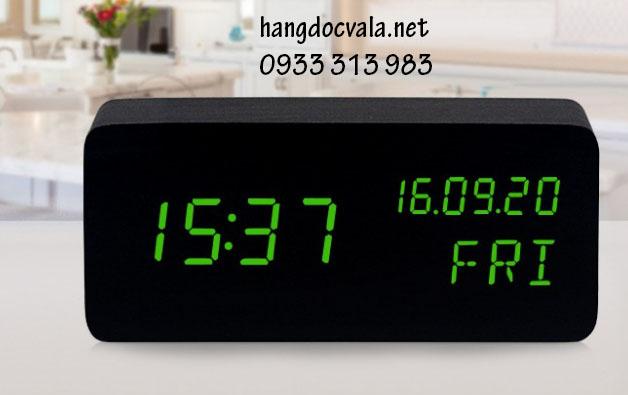 đồng hồ led gỗ