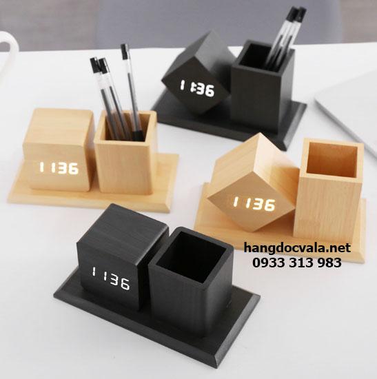 Đồng hồ led gỗ để bàn cao cấp